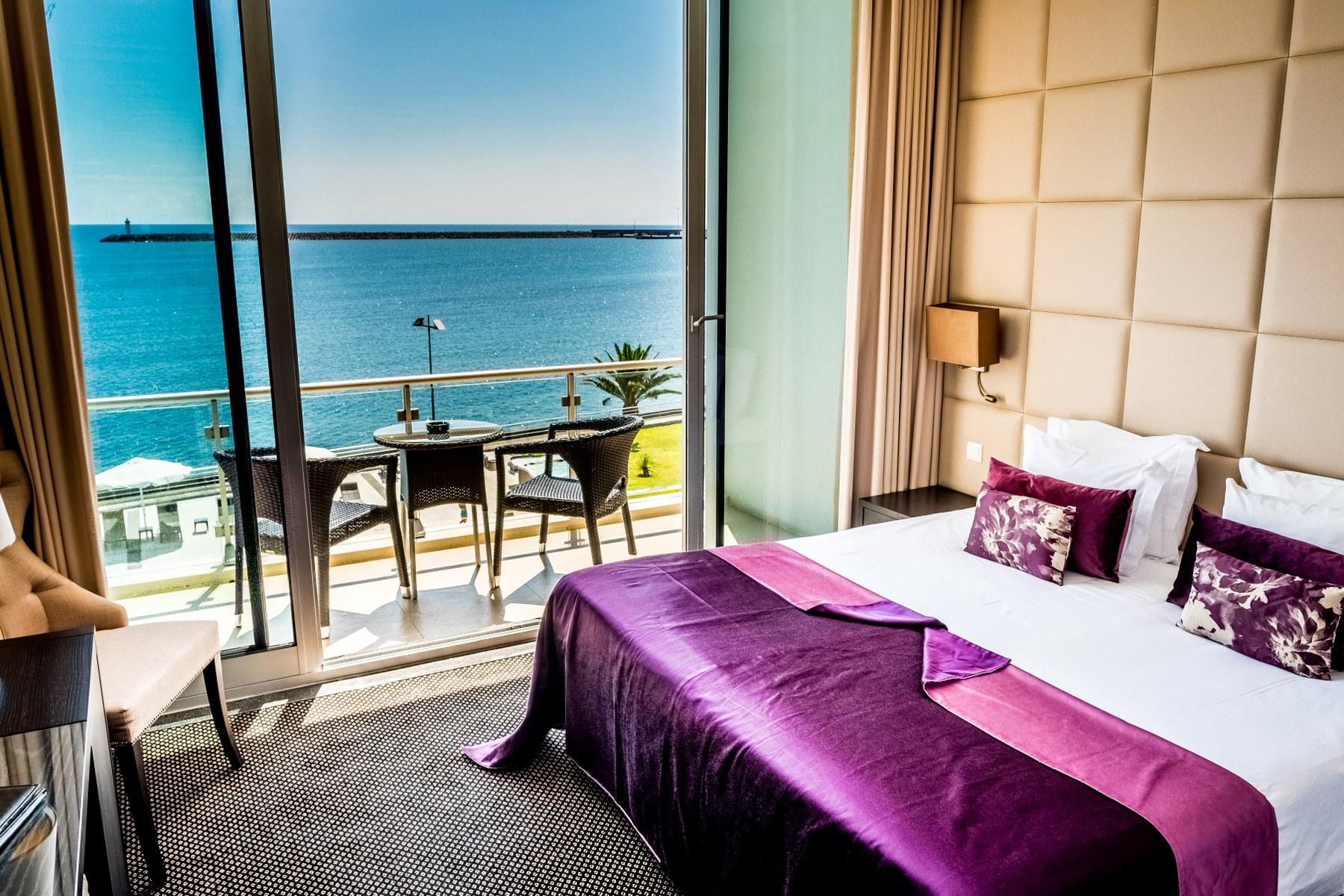 atlantida mar hotel acores azores praia da vitoria cama suite junior